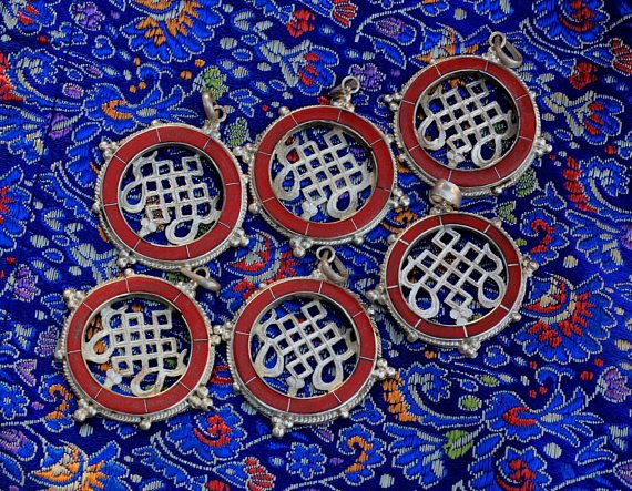 buddhist endless knot pendant charms