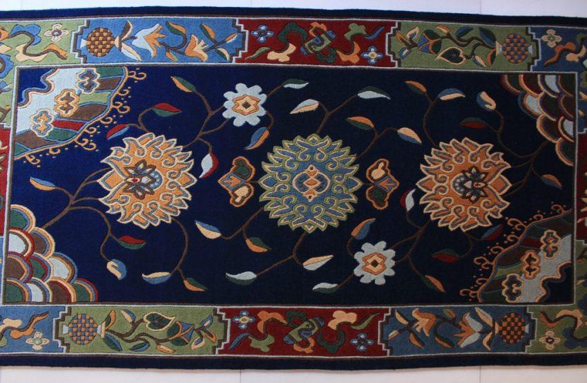 Tibetan rug flower blue1