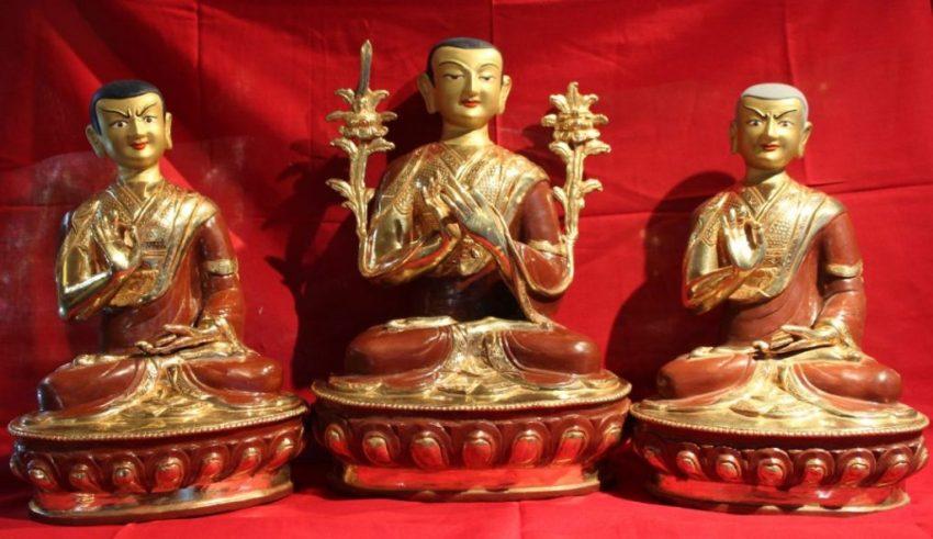 Tsongkapa Buddha Statue Set whole