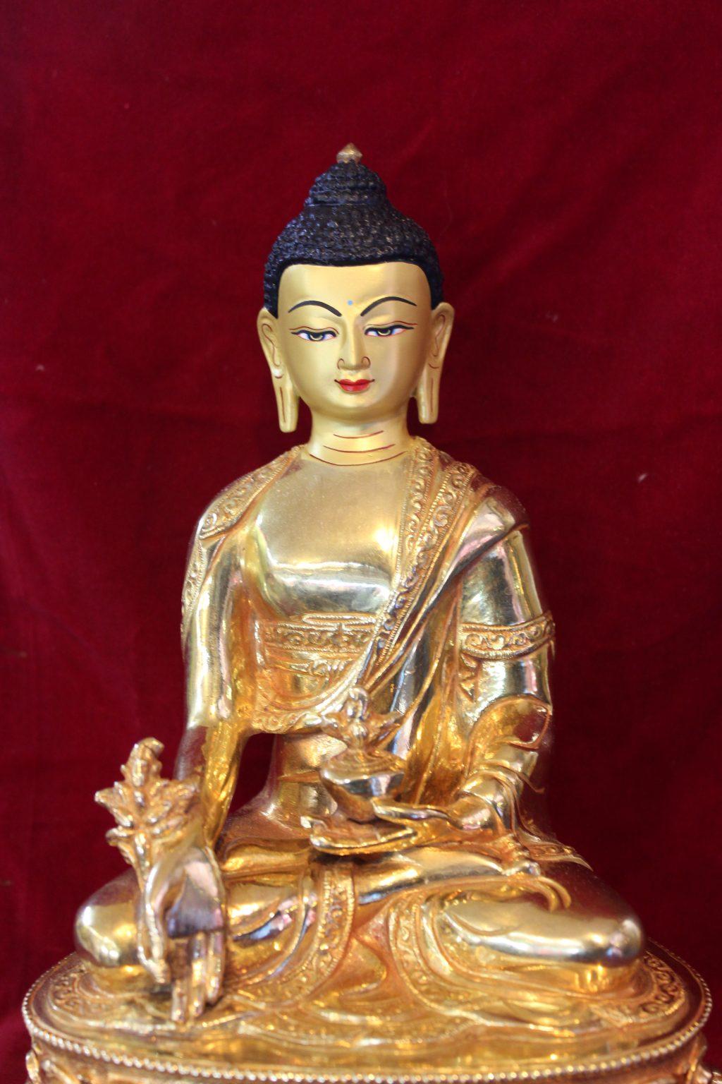 shakyamuni budda golden figurine deco
