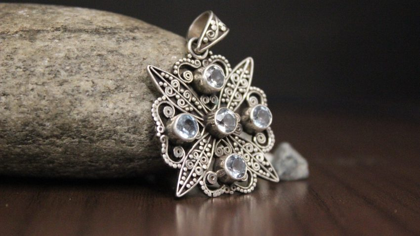 Amethyst Stone Flower Pendant