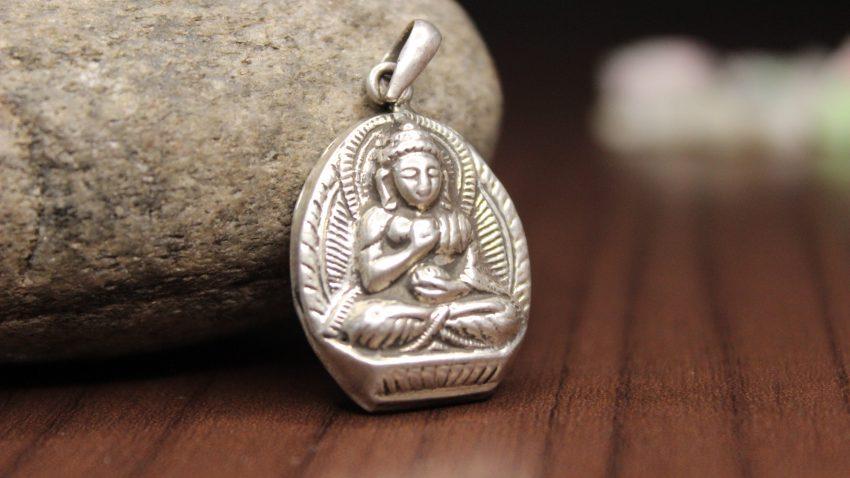 Buddha Locket Dharmachakra Mudra
