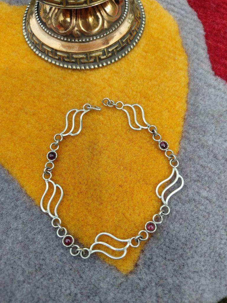 Silver Bracelet With Amethyst Stone