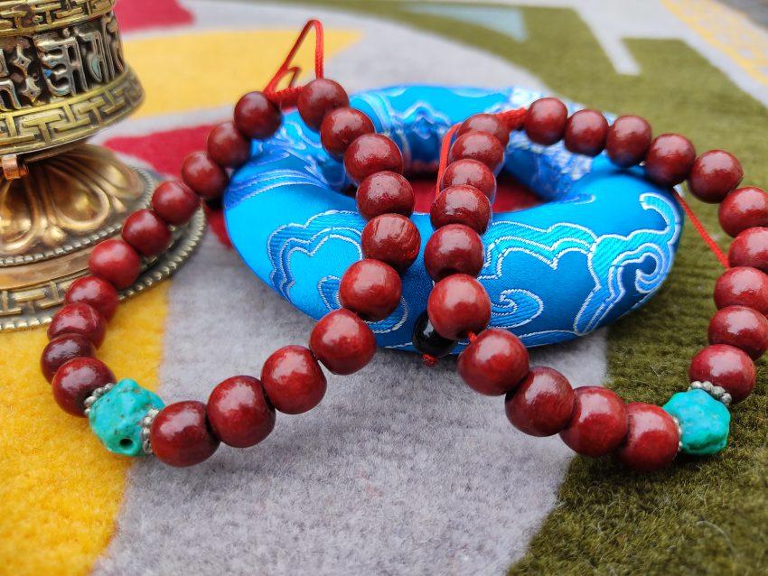 Wooden Bracelet With Torquoise wears