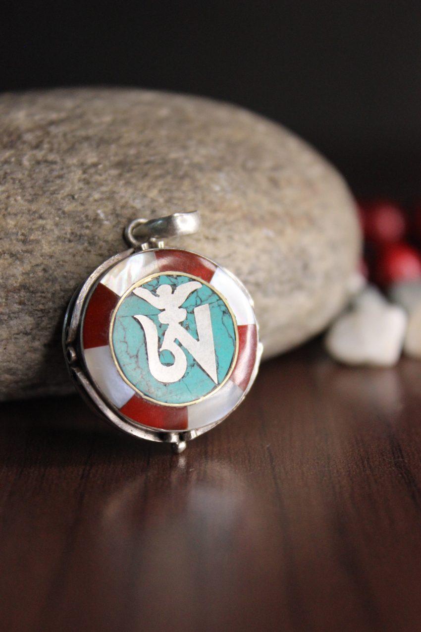 Tibetan om charms